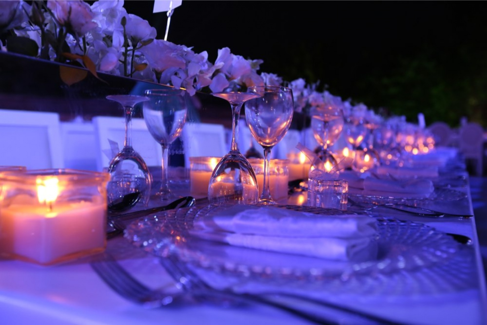 LIGHTS & REFLECTIONS. WEDDING CENTREPIECES.